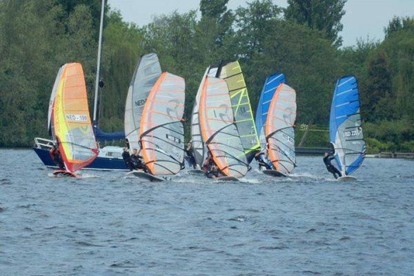 formula wedstrijd windsurfing Ijselmeer 2017